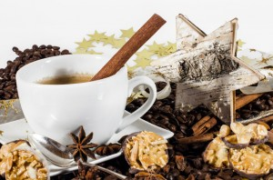 Frohe Weihnachten: Kaffee genießen an den Feiertagen